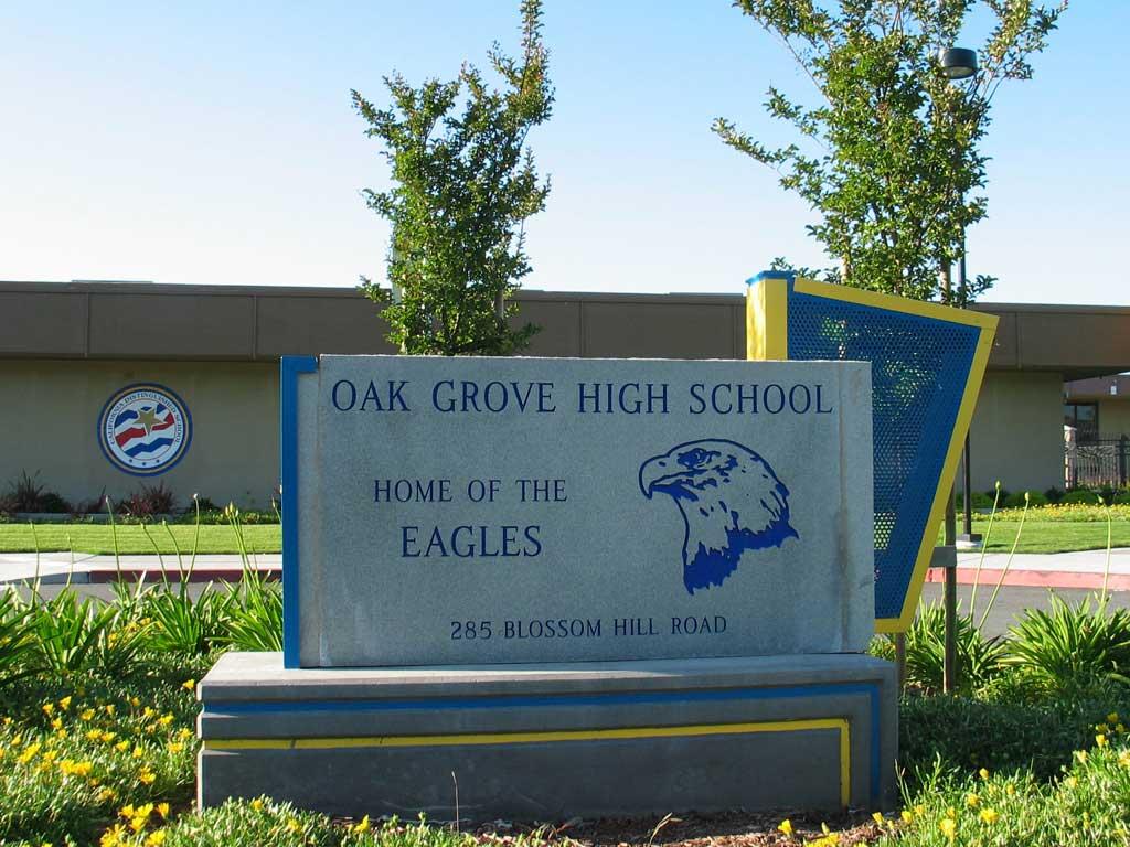 Oak Grove High School billboard. Photograph taken by Bahn Mi of the Schoolwatch Programme