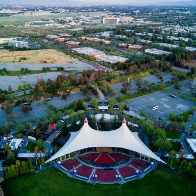Aerial view of Shoreline Amphitheatre in Mountain View California with NASA on the background — Photo by spvvk in Depositphotos